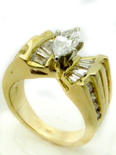 11231 18K YELLOW GOLD  DIAMOND ENGAGMENT RING