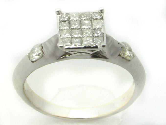 11245 14K WHITE GOLD LADIES PRINCESS DIAMOND RING