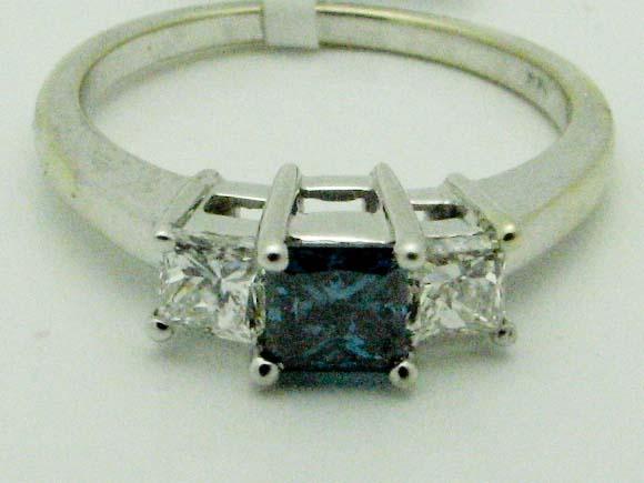 11289 14K WHITE GOLD  BLUE PRINCESS DIAMOND RING