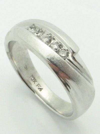 11505 14K WHITE GOLD DIAMOND RING