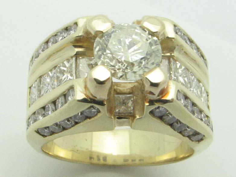 11509 14K YELLOW GOLD DIAMOND  RING