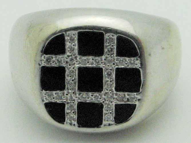 11518 14K WHITE GOLD DIAMOND ONYX RING