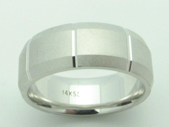 11541 14K WHITE GOLD DIAMOND CUT RING