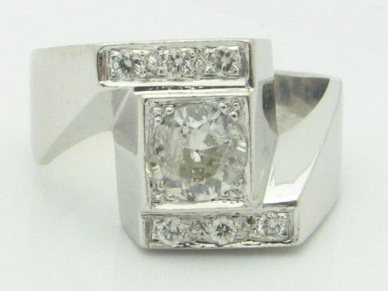 11549 14K WHITE GOLD DIAMOND RING