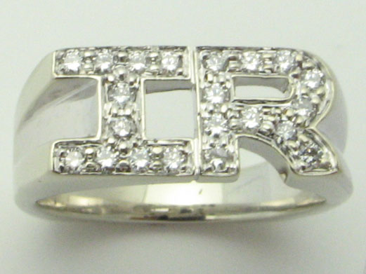 11560 14K WHITE GOLD DIAMOND INTIALS  RING
