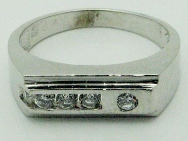 11619 10K WHITE GOLD CUBIC ZERCONIA RING