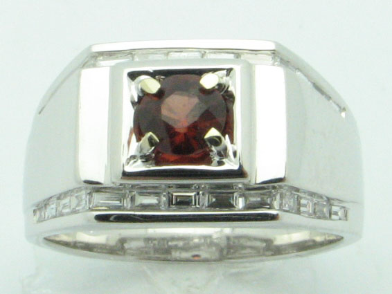 11628 14K WHITE GOLD DIAMOND GARNET RING