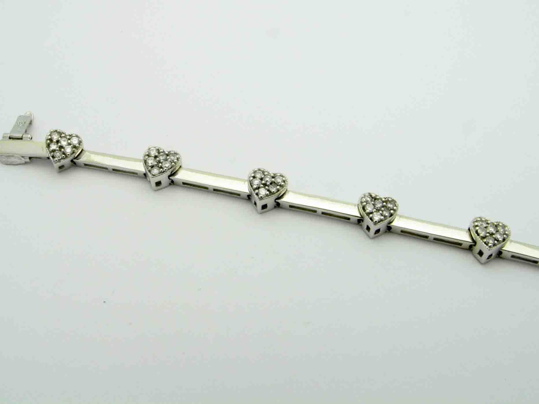 11861 14K WHITE GOLD HEART DIAMOND BRACELET