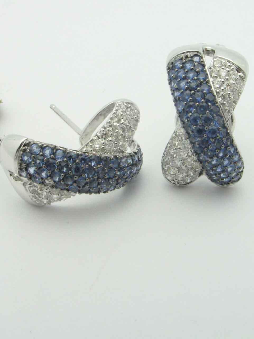 12017 14K WHITE GOLD DIAMOND SAPPHIRE EARRINGS