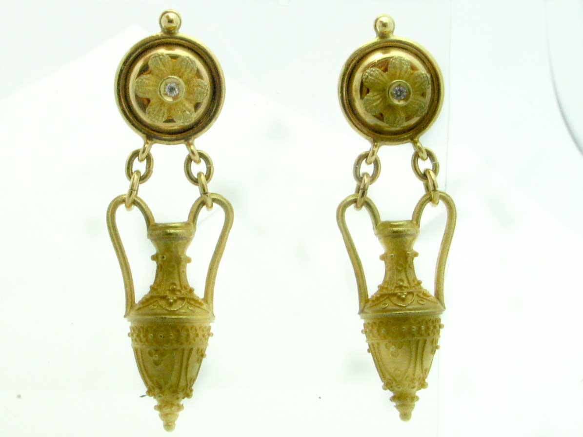 12048 18K YELLOW GOLD DIAMOND URN EARRINGS