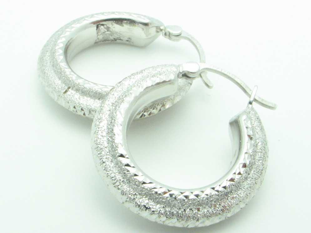 12130 14K WHITE GOLD  DIAMOND CUT EARRINGS