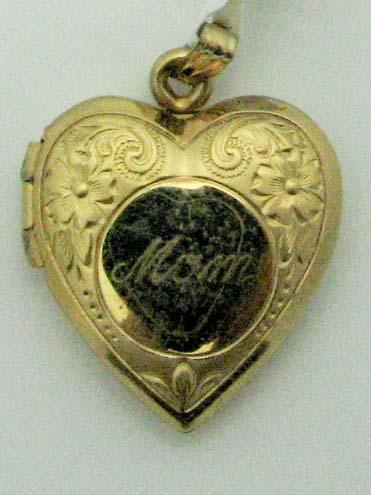 13991 14K YELLOW GOLD HEART LOCKET PENDENT