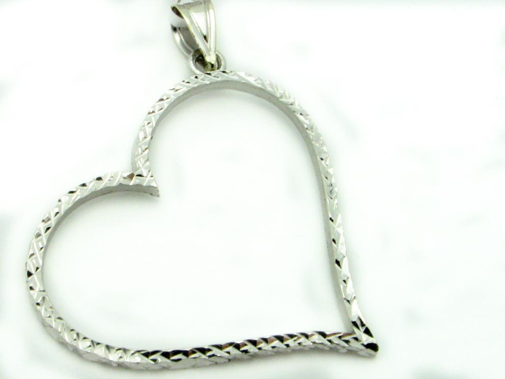 14445 14K WHITE GOLD DIAMOND CUT HEART PENDENT